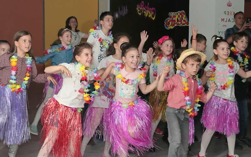 Petrecere tematica Hawaii zona Berceni - Tineretului
