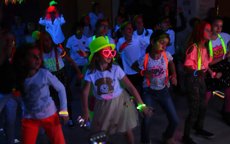 Glow Party zona Vitan - Tineretului